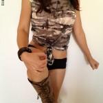 Alicia Young militar 04