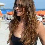 Sofia Vergara - swimsuit Miami 06