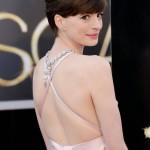 Anne Hathaway - Oscars 05