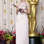 Anne Hathaway - Oscars 08