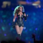 Beyonce - Superbowl 03