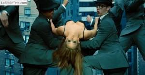 Jennifer Love Hewitt - The Client List 04