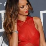 Rihanna - Grammys 03