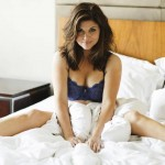 Tiffani Amber Thiessen - Esquire 13