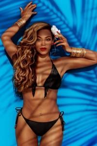 Beyonce - H&M 04