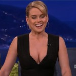 Alice Eve - Conan 08