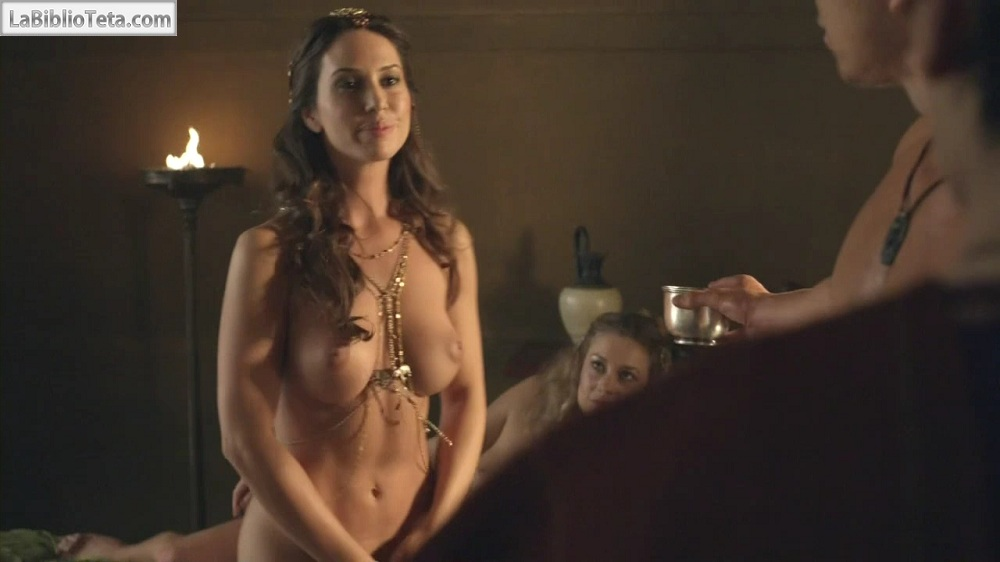 Megan Fox Desnuda en escena de Passion Play - Video