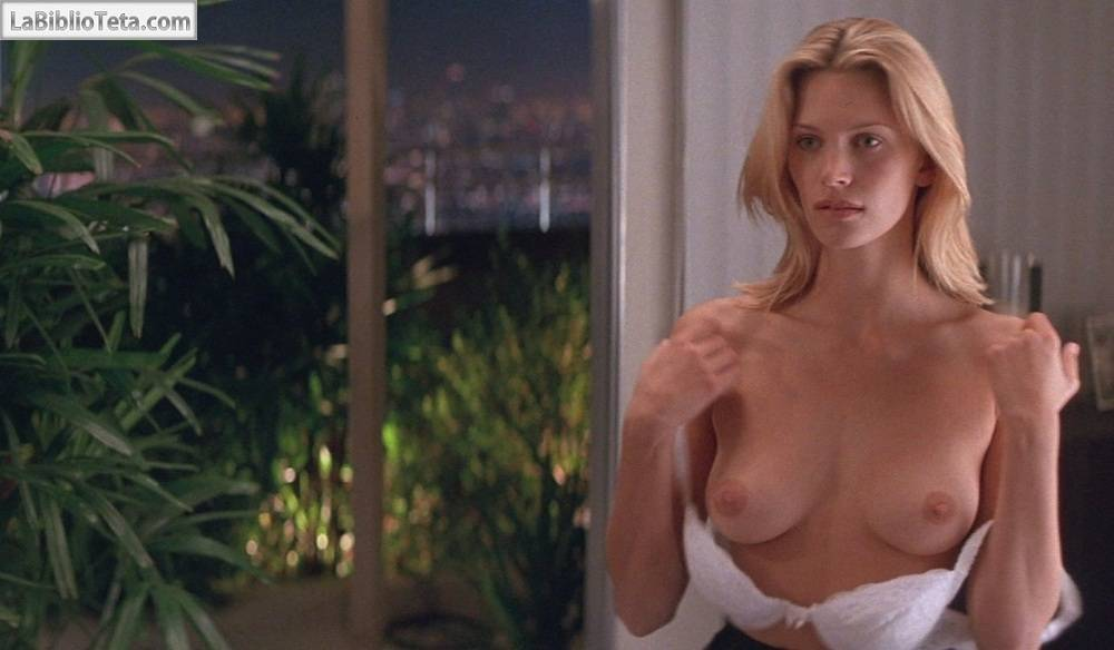 Natasha Henstridge - Species 01