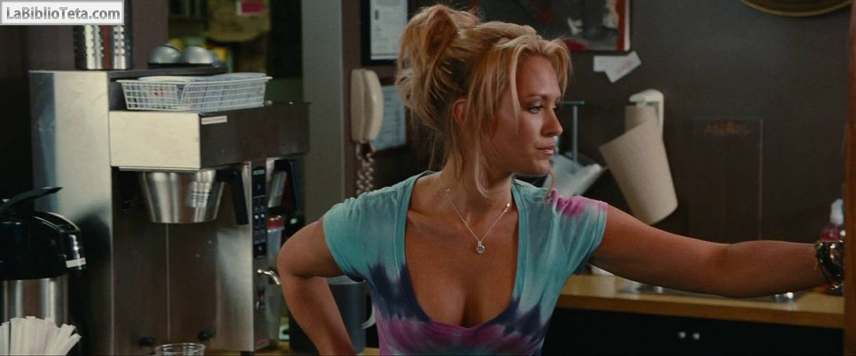 Nicky Whelan nude, topless and sexy 5 pics Pin Celebs