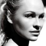 Pamela Anderson - Vogue 07