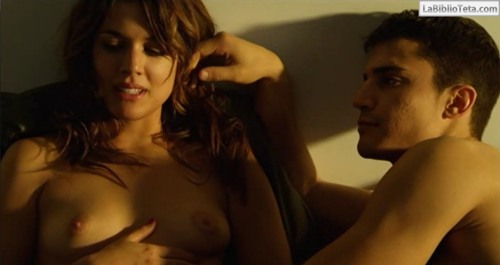 Adriana Ugarte - Combustion 01