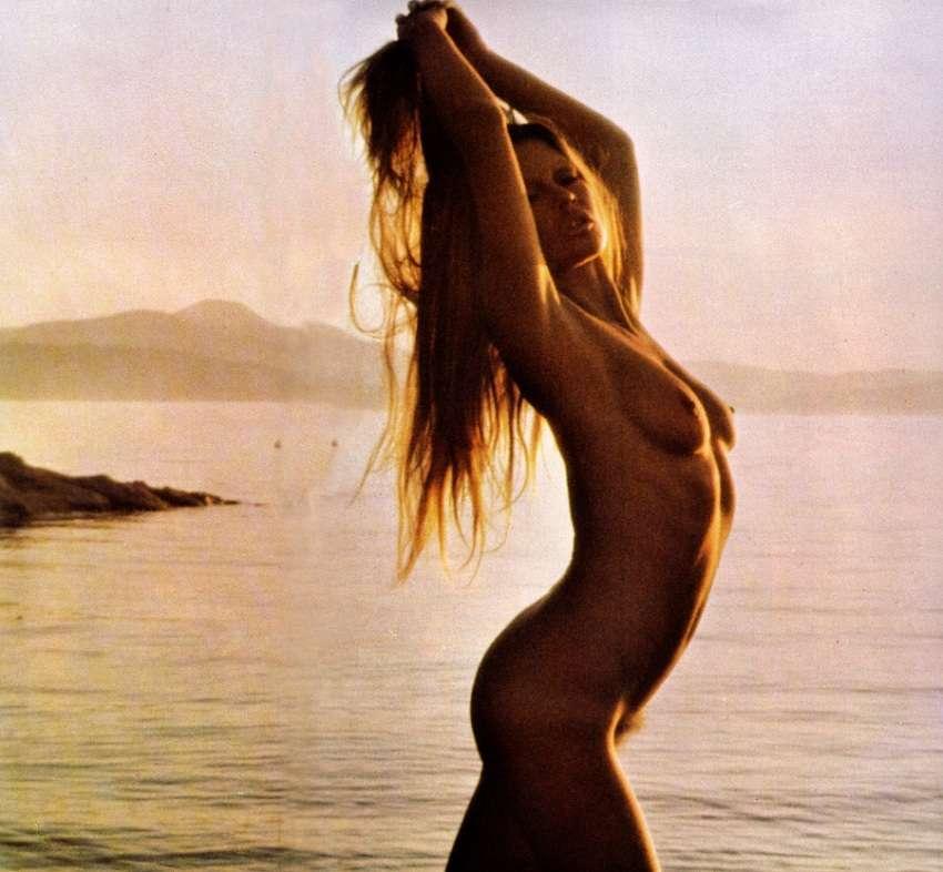Brigitte Bardot - Mayfair 01