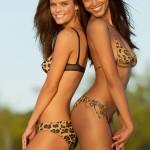 Nina Agdal y Ariel Meredith - Sports Illustrated 06