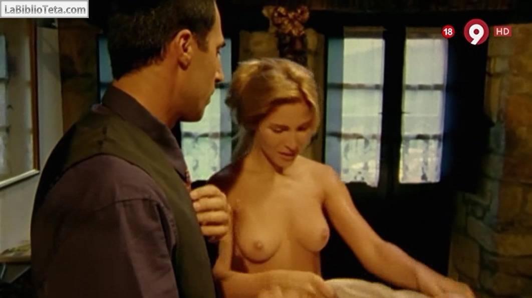 Lily Cole desnuda Imágenes, vídeos y grabaciones