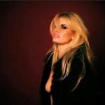 Adriana Abenia - GQ making of 03