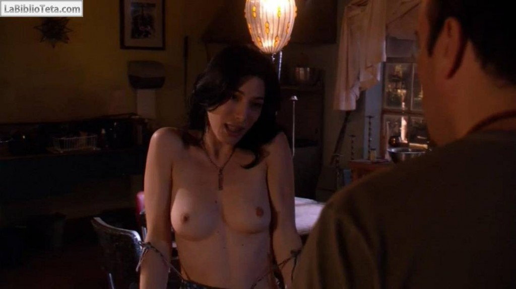 Jaime Murray - Dexter 01