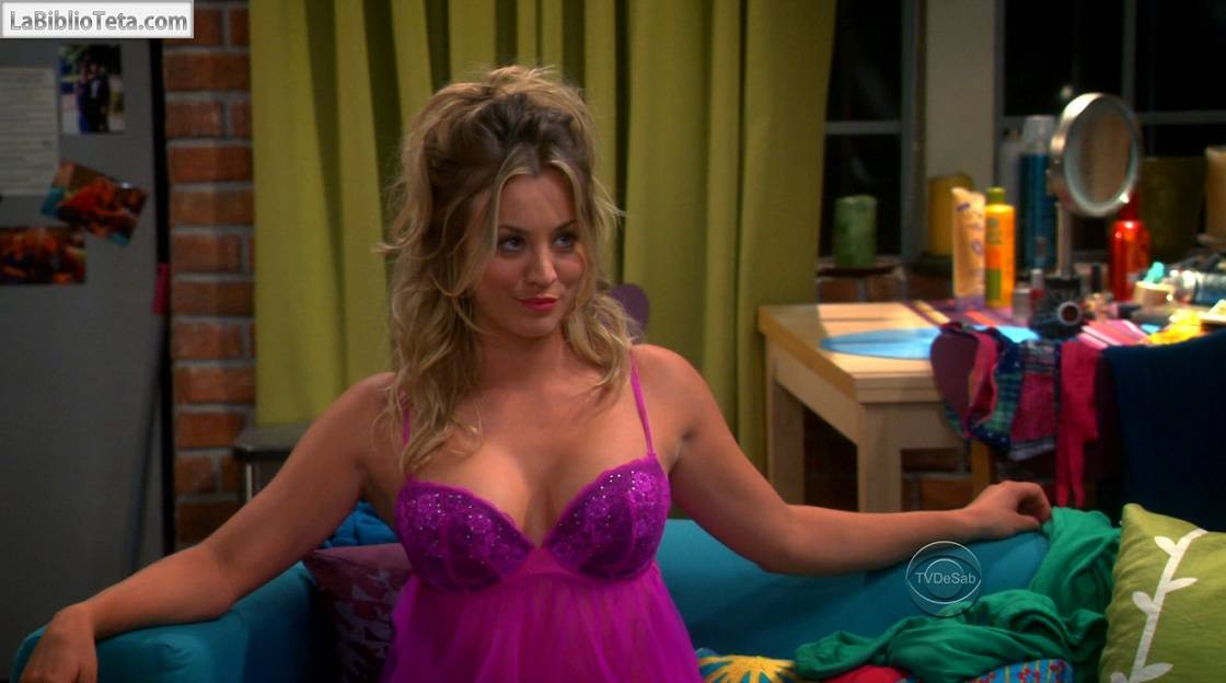 Kaley Cuoco - The Big Bang Theory S07E04 - 01