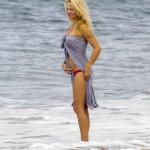 Pamela Anderson - Francia 09