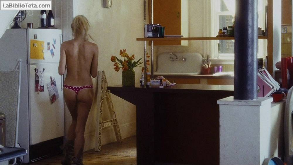 Sienna Miller - Alfie Thong 01