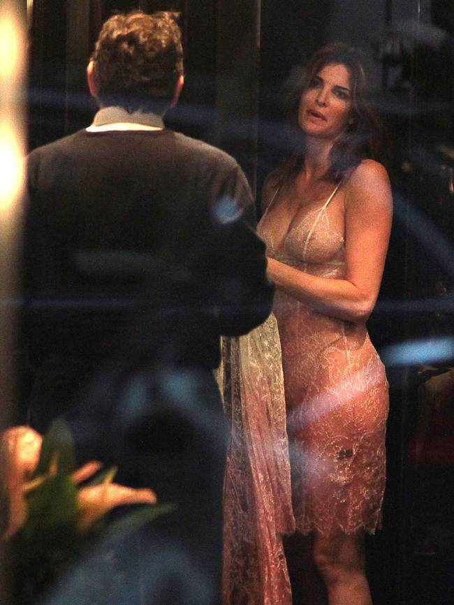 Stephanie Seymour - trying on lingerie 01