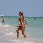 Sylvie van der Vaart - Miami Beach 02