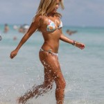 Sylvie van der Vaart - Miami Beach 11