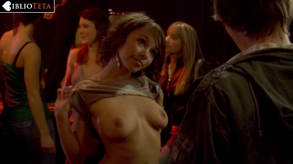 Jessica Parker Kennedy - Decoys 01