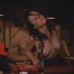 Mary Louise Parker - Weeds 6x08 - 01