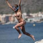 Sarah Honeywell Topless 02