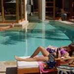 Sarah Hyland - Modern Family bikini 04