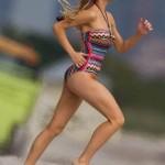 Brooklyn Decker bikini 13