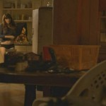 Emma Greenwell - Shameless 2x12 - 04