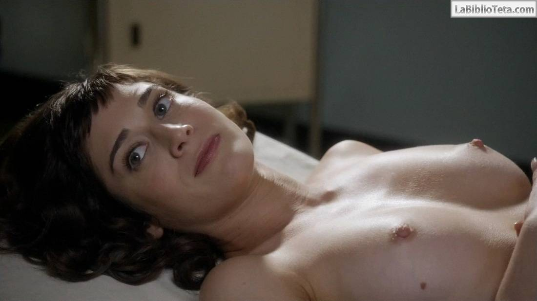 Todas Las Escenas De Lizzy Caplan Desnuda En La Temporada 1 De