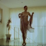 Rose McGowan dancing naked 03