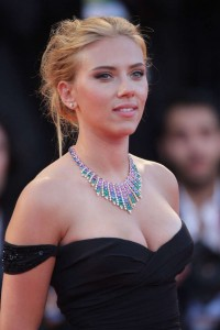 Scarlett-Johansson-Under-The-Skin-Venice-Film-Festival-03