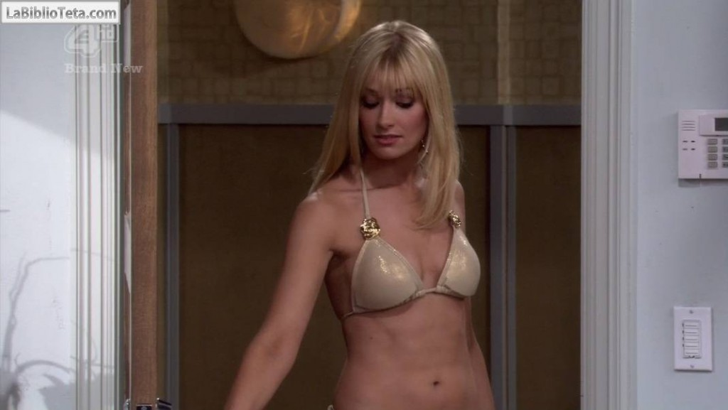 Beth Behrs - 2 Broke Girls - 1x19 - 01