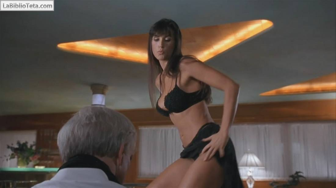 Demi moore striptease desnuda