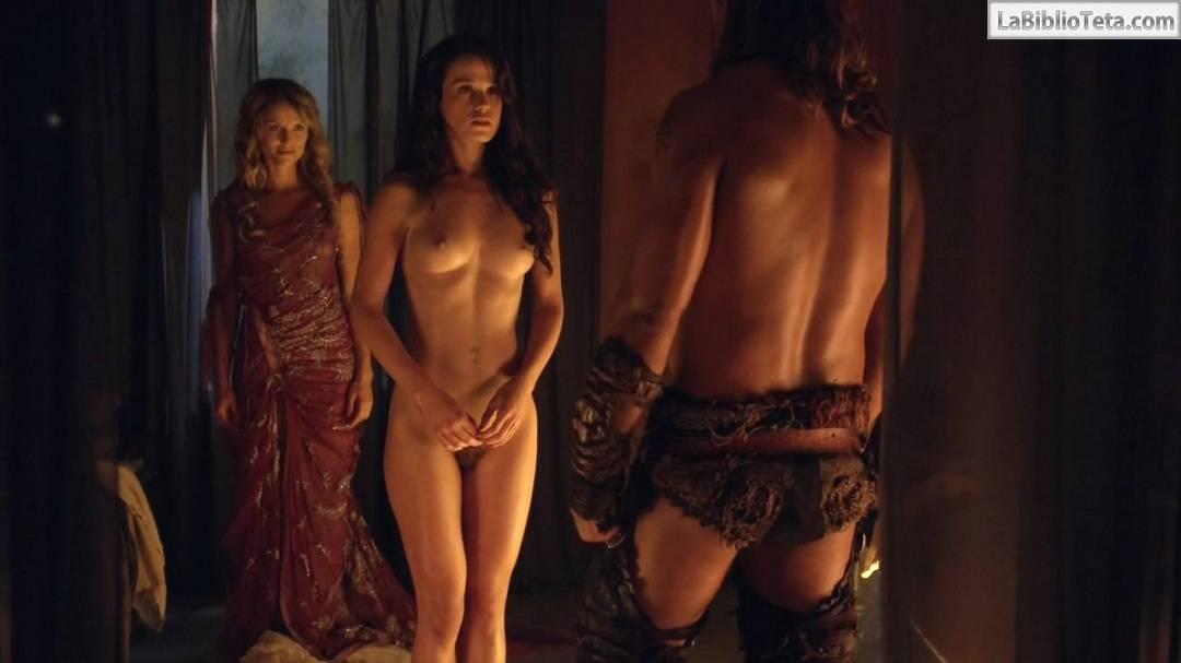 Escenas desnudas de nikole fergusan