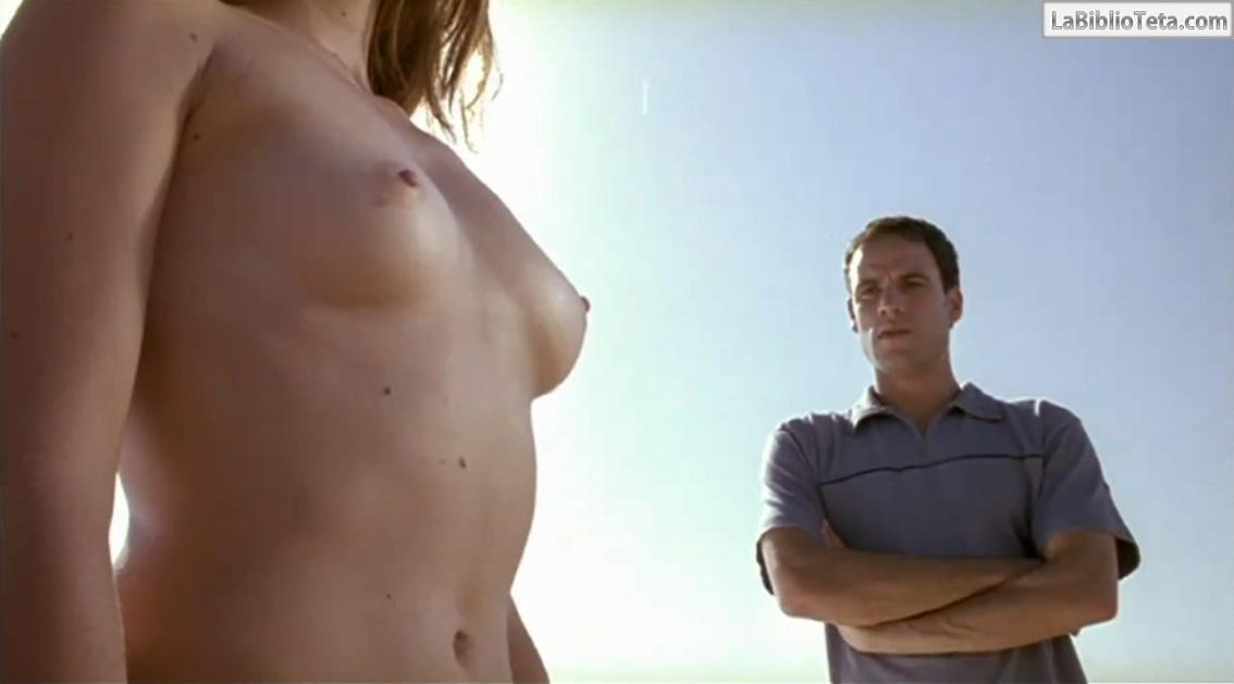 Sarah Chalke tetas desnudas
