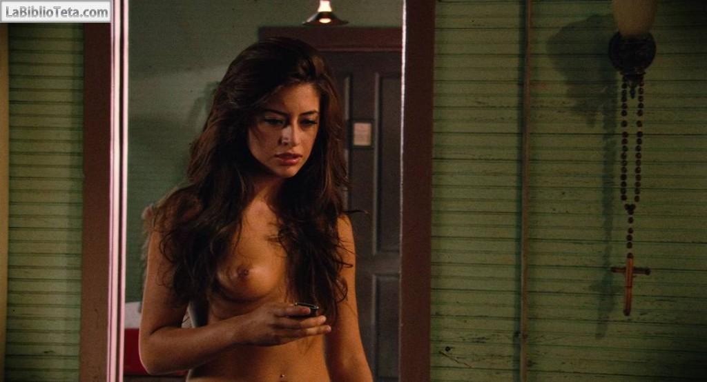 Mayra Leal - Machete 01