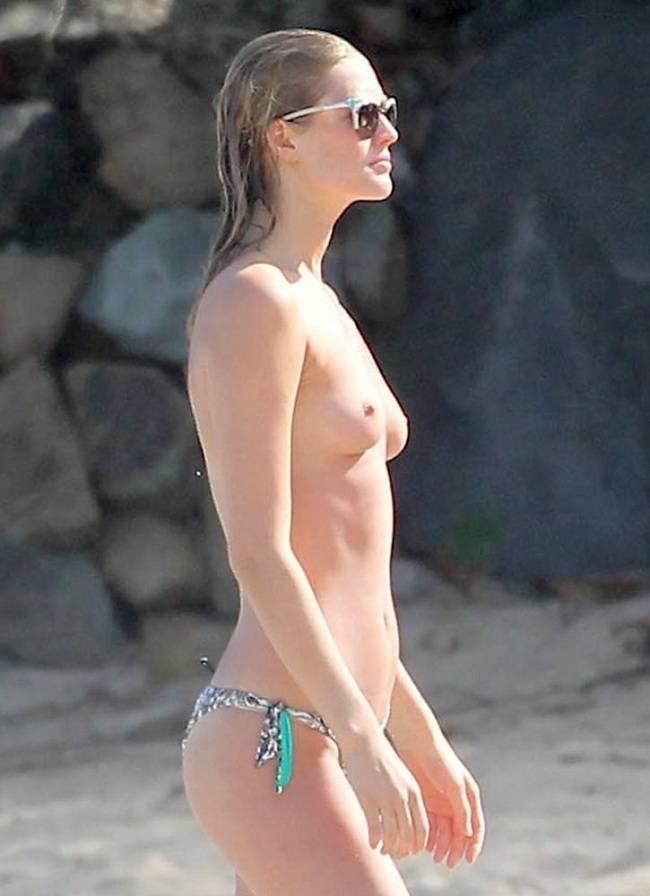 Toni Garrn topless 01