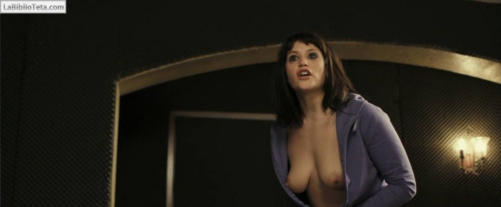 Gemma Arterton - The Disappearance of Alice Creed 01