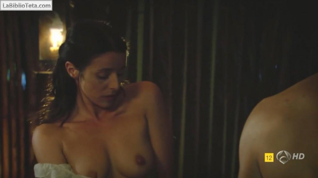 Ingrid Rubio - El Corazon Del Oceano 1x04 - 01