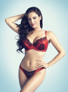 Kelly Brook - New Look 02