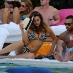 Kelly Brook bikini 13