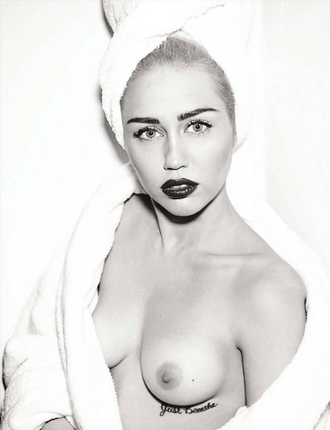 Miley Cyrus - Vogue 01