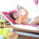 Tiffani Thiessen bikini 07