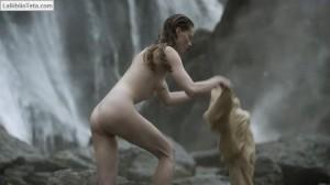 Alyssa Sutherland - Vikings 04