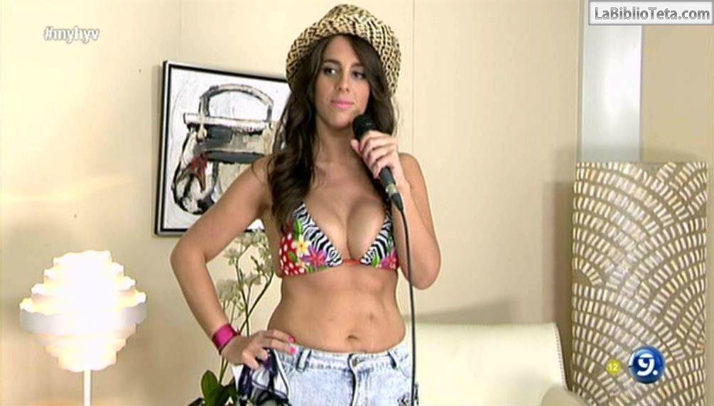 Anabel Pantoja - bikini MYHYV 01