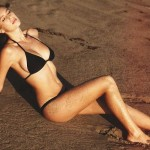 Dylan Penn bikini 04